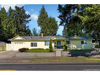 Single Family Home For Sale: 844 SE 212th Ave