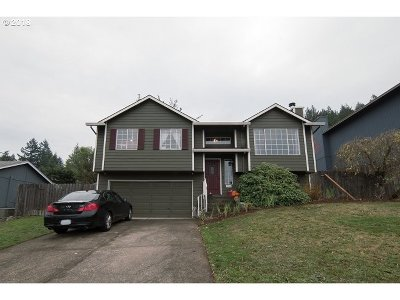 Portland OR Single Family Home For Sale: $375,000
