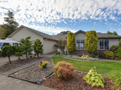 Oregon City Single Family Home For Sale: 18811 Cathy Adams Dr