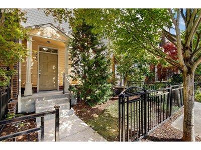 Hillsboro Single Family Home For Sale: 6077 NE Alder St