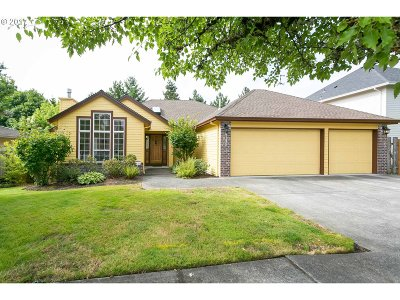 Gresham Single Family Home For Sale: 4130 SW 30th Ct