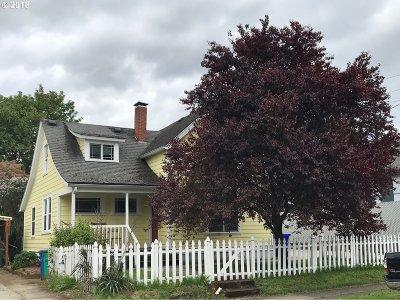 Portland Single Family Home For Sale: 18 NE 79th Ave