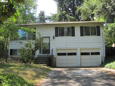 Lake Oswego Single Family Home For Sale: 1218 Laurel St