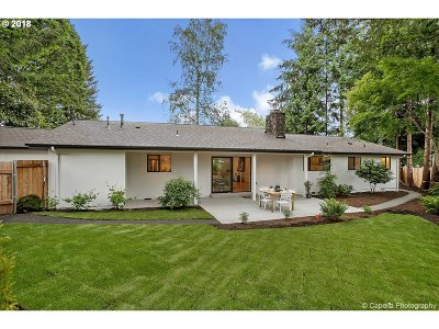 Oregon City Single Family Home For Sale: 315 Cherry Ave