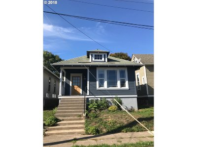 Portland Single Family Home For Sale: 3411 SE 13th Ave
