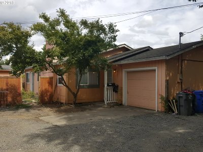 Portland Single Family Home For Sale: 8001 SE Bybee Blvd