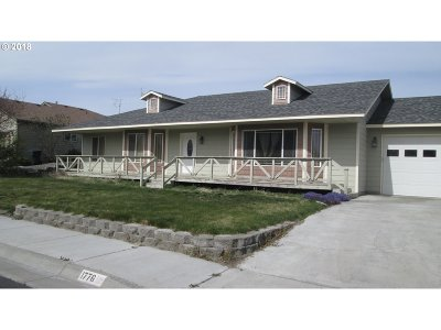 Hermiston Single Family Home For Sale: 1776 W Alleluia Ave