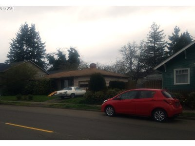 Hillsboro, Cornelius, Forest Grove Single Family Home For Sale: 140 NW Connell Ave