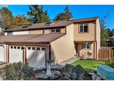 Beaverton Single Family Home For Sale: 6882 SW 180th Ave