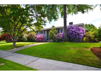 Eugene Single Family Home For Sale: 2850 Powderhorn St