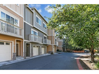 Beaverton Condo/Townhouse For Sale: 18485 SW Stepping Stone Dr #57