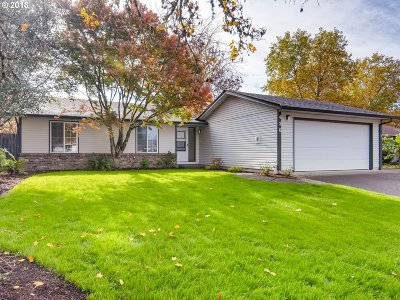 McMinnville Single Family Home For Sale: 430 SE Border Ln