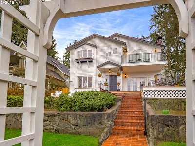 Lake Oswego Single Family Home For Sale: 418 Northshore Rd
