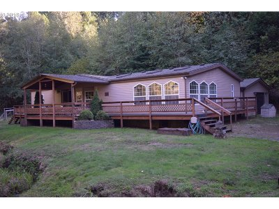 Coquille Single Family Home For Sale: 925 E 3rd