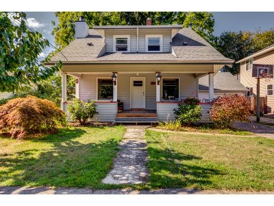 Ridgefield Single Family Home For Sale: 933 N Main Ave