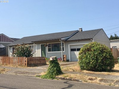 North Bend Single Family Home For Sale: 1720 Hayes St