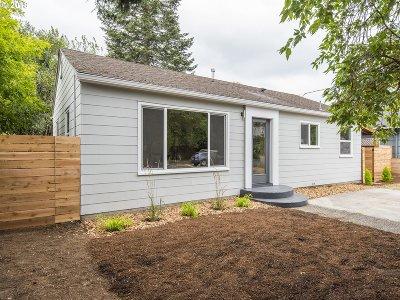 Portland Single Family Home For Sale: 7900 N Edison St