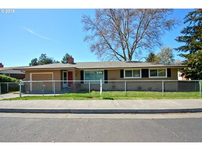 Pendleton Single Family Home For Sale: 801 SW 37th St