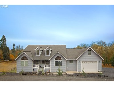 Roseburg Single Family Home For Sale: 1523 Melqua Rd