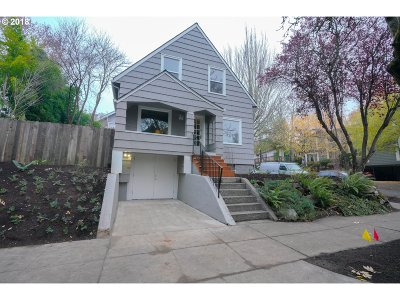 Portland Single Family Home For Sale: 2857 SE Pine St