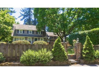 Portland Single Family Home For Sale: 1826 SW Dolph St