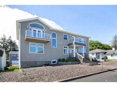 Seaside Single Family Home For Sale: 3169 Sunset Blvd