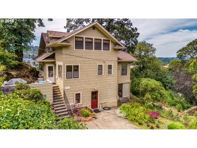 Oregon City Single Family Home For Sale: 406 S 3rd St