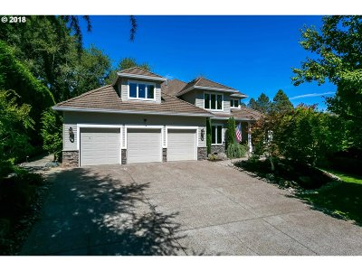 Lake Oswego Single Family Home For Sale: 13047 Knaus Rd