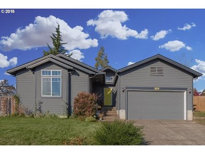 Dayton Single Family Home For Sale: 609 Joel Palmer Way