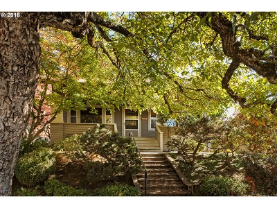 Portland Single Family Home For Sale: 3526 NE 24th Ave