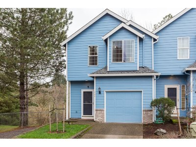 Beaverton Single Family Home For Sale: 764 SW 198th Pl