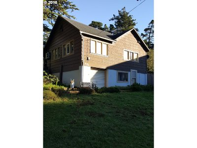Port Orford Multi Family Home For Sale: 431 Seventh St