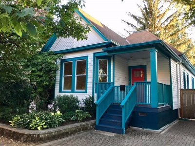 Portland Single Family Home For Sale: 1117 SE 34th Ave