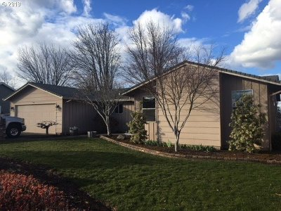 Gresham, Troutdale, Fairview Single Family Home For Sale: 2109 SW Binford Lake Pkwy