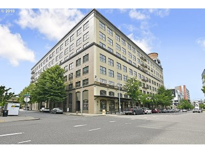 Portland Condo/Townhouse For Sale: 1420 NW Lovejoy St #617