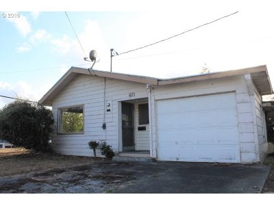 Coquille OR Single Family Home For Sale: $84,900