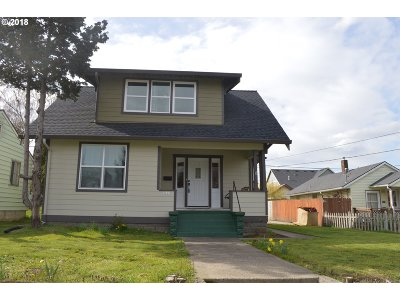 Portland Single Family Home For Sale: 7625 N Chatham Ave