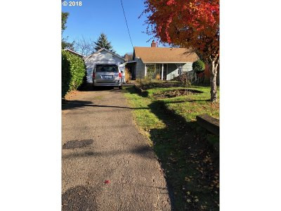 Cully, Beaumont-Wilshire, Hollywood, Rose City Park, Madison South, Roseway Single Family Home For Sale: 3344 NE 80th Ave