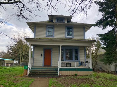 Portland Single Family Home For Sale: 338 NE 78th Ave