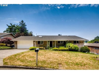 Vancouver Single Family Home For Sale: 3801 Edgewood Dr