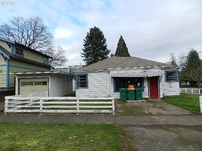 Forest Grove Single Family Home For Sale: 2206 B St
