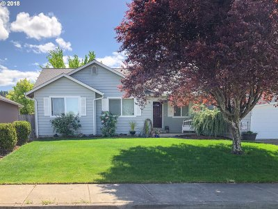 Sutherlin Single Family Home For Sale: 2668 Westlake Ave