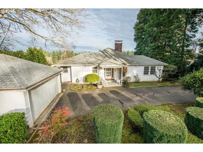 Multnomah County, Clackamas County, Washington County Single Family Home For Sale: 3144 Glenmorrie Dr