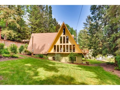 Milwaukie Single Family Home Bumpable Buyer: 1661 SE River Forest Rd