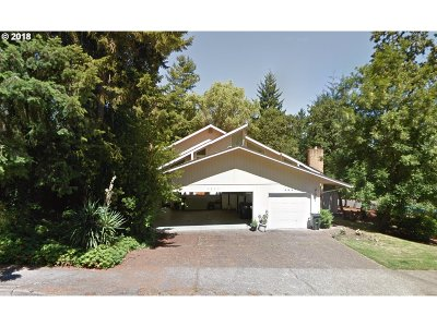 Single Family Home For Sale: 3845 Wilshire Ln