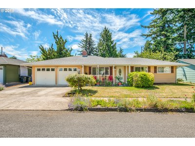 Gresham Single Family Home For Sale: 22532 SE Main Ct