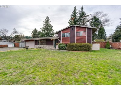 Single Family Home For Sale: 3521 SE 165th Ave