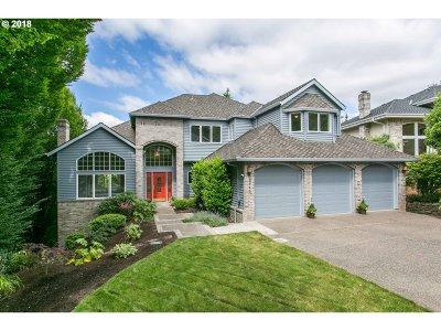 West Linn Single Family Home For Sale: 2063 Wellington Dr