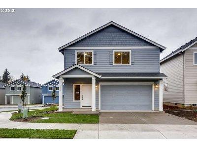 Gresham Single Family Home For Sale: 4609 SE 28th Ter