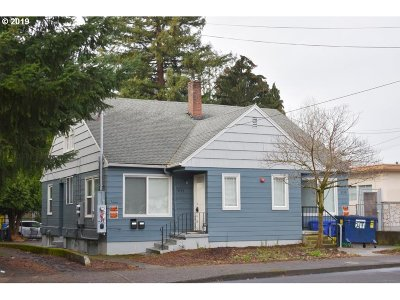 Clackamas County, Multnomah County, Washington County Multi Family Home For Sale: 3741 SE Cesar E Chavez Blvd